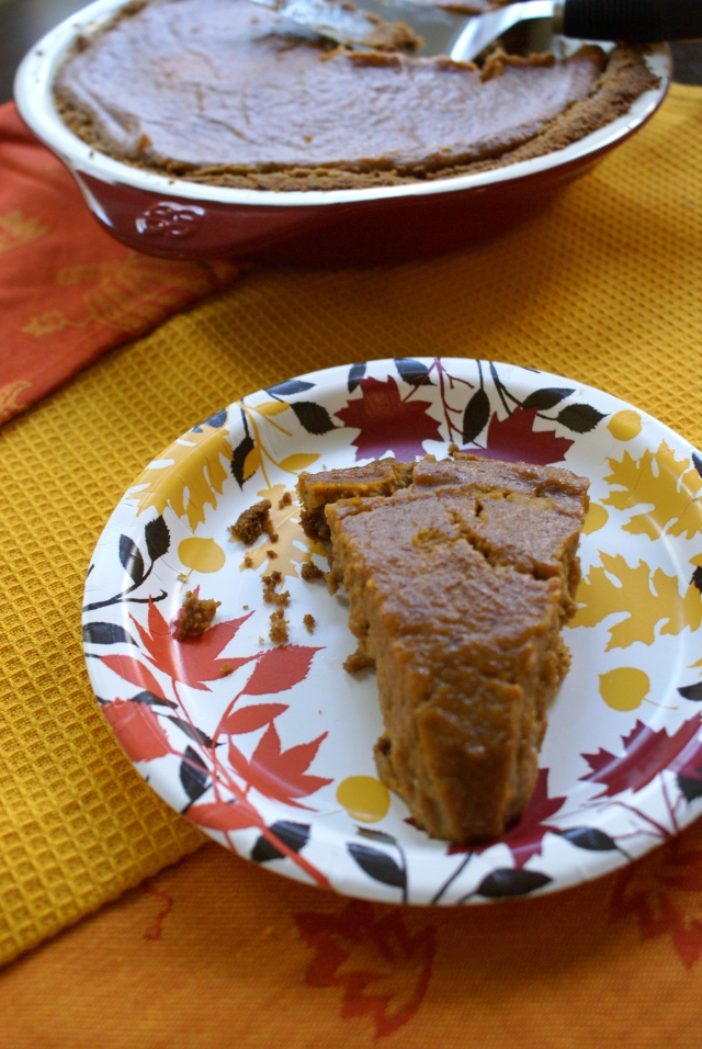 Spicy Pumpkin Pie with Gingersnap Crust
